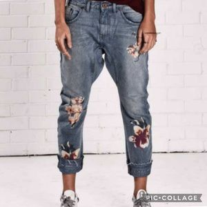 NWT One x Teaspoon Orchid Saints Slouch Jeans